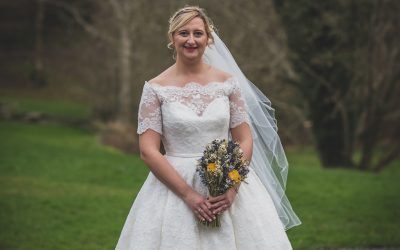 Wedding Day Tips – Holding your bouquet whilst walking down the Aisle and standing at the Wedding Altar —